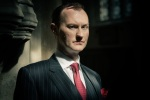 Mycroft (© Robert Viglasky/Hartswood Films for MASTERPIECE)