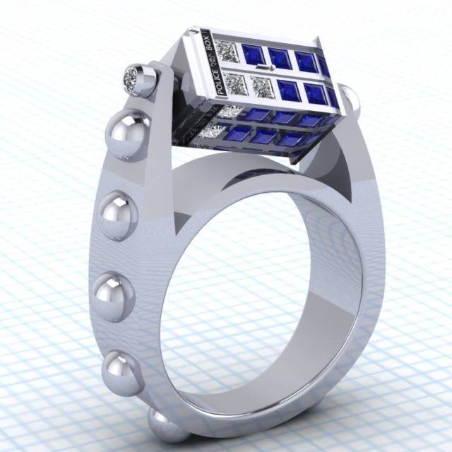 Spinning TARDIS Ring