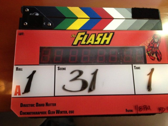 flash-clapboard