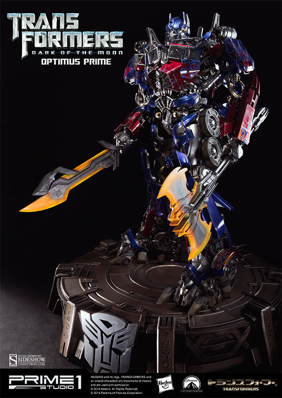 Optimus Prime Statue by Prime 1 Studio2