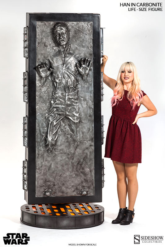 sideshow-collectibles-life-size-han-solo-in-carbonite-figure-3