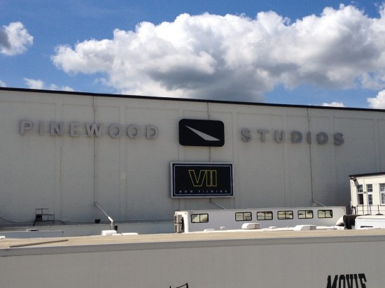 Star-Wars-7-Pinewood Studios
