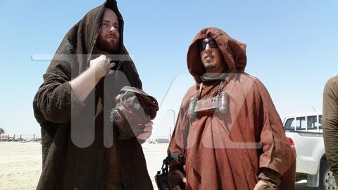 Star Wars_Episode VII_Set Photos (6)