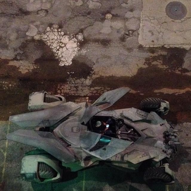 Batman v Superman_Dawn of Justice_Batmobile on Set6