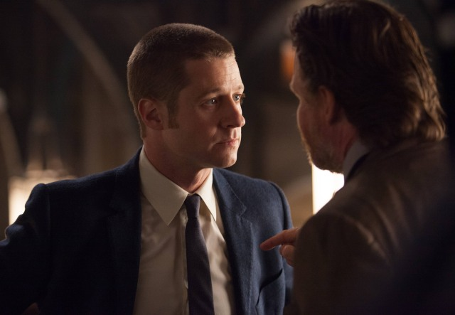 Gotham_Season 1_Episode 3_The Balloonman (4)