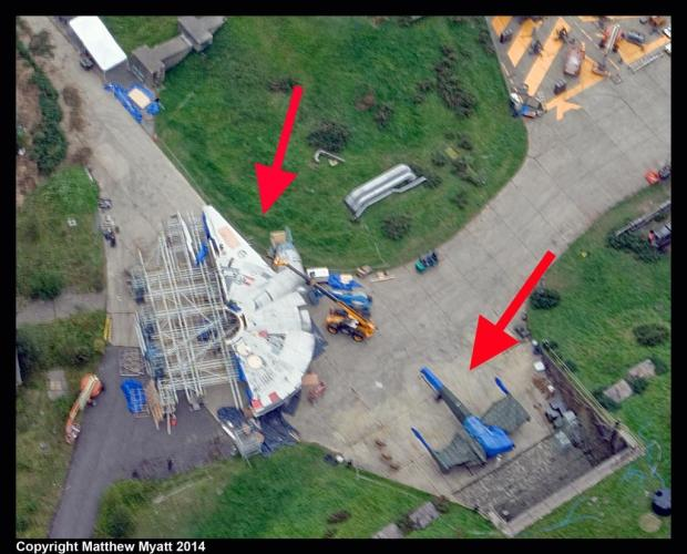 Star Wars_Episode VII_Millennium Falcon and X-Wing