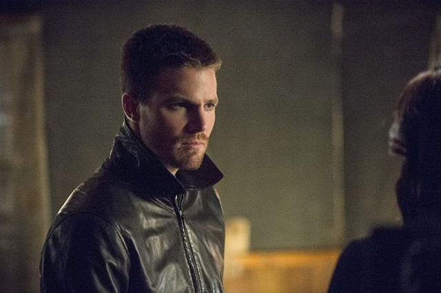 "Arrow -- ""The Magician"" Pictured: Stephen Amell as Oliver Queen -- Photo: Cate Cameron/The CW -- © 2014 The CW Network, LLC. AllRights Reserved."