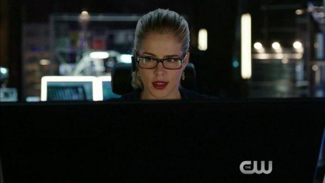 Arrow_Season 3_Episode 5_The Secret Origin Of Felicity Smoak