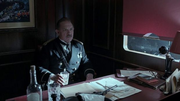 Doctor Who_Series 8_Episode 8_Looking Back on Mummy on the Orient Express (7)
