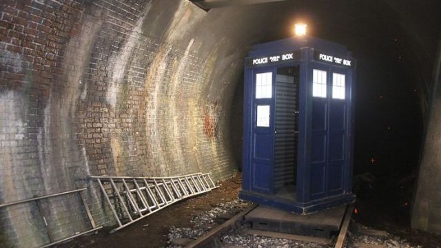 Doctor Who_Series 8_Episode 9_Flatline_BTS (4)