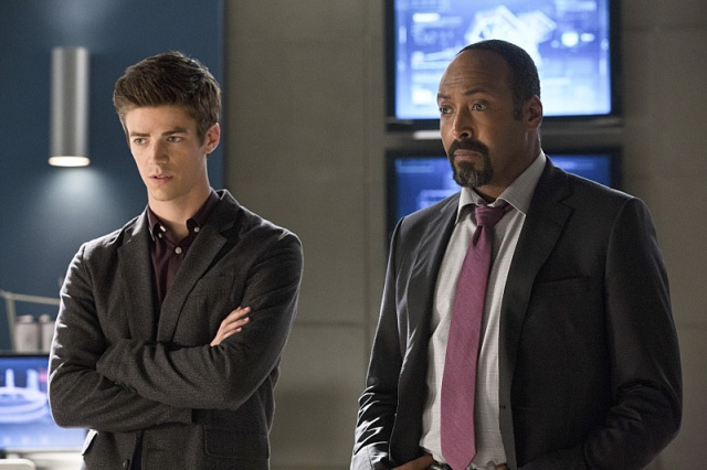 "The Flash -- ""Things You Can't Outrun"" Pictured (L-R): Grant Gustin as Barry Allen and Jesse L. Martin as Detective Joe West -- Photo: Jack Rowand/The CW -- © 2014 The CW Network, LLC. All rights reserved."