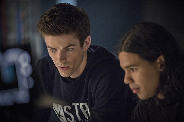 "The Flash -- ""Going Rogue"" Pictured (L-R): Grant Gustin as Barry and Carlos Valdes as Cisco Ramon -- Photo: Cate Cameron/The CW -- © 2014 The CW Network, LLC. All rights reserved."