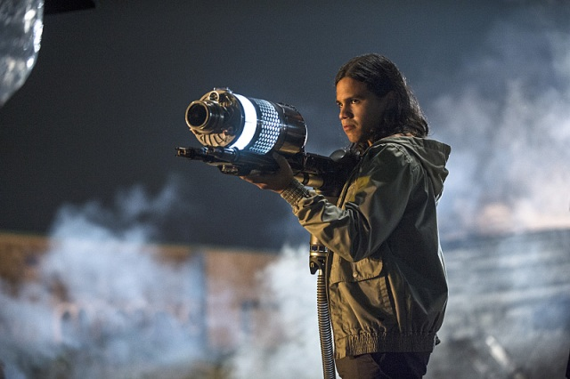 "The Flash -- ""Going Rogue"" Pictured: Carlos Valdes as Cisco Ramon -- Photo: Cate Cameron/The CW -- © 2014 The CW Network, LLC. All rights reserved."