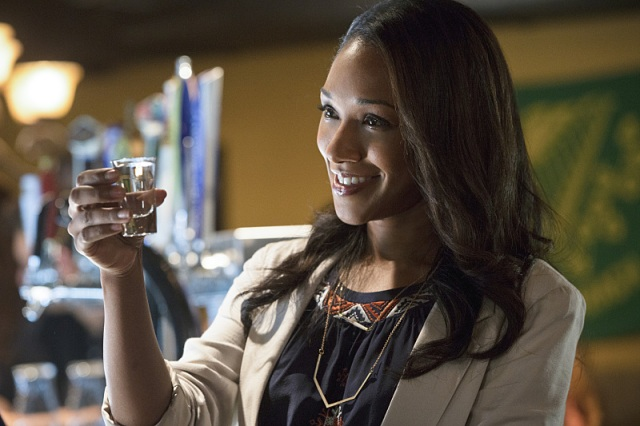 """The Flash -- """"Plastique"""" -- Image FLA105b_0336b -- Pictured: Candice Patton as Iris West -- Photo: Jack Rowand/The CW -- © 2014 The CW Network, LLC. All rights reserved."""