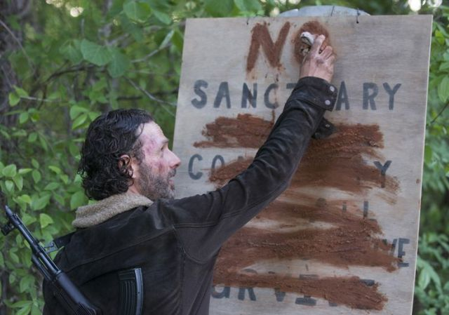 Rick Grimes (Andrew Lincoln) in Episode 1 Photo by Gene Page/AMC