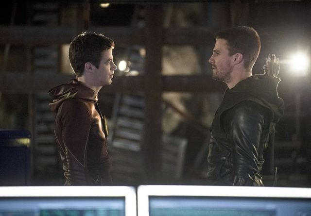"Arrow -- ""The Brave and the Bold"" Pictured (L-R): Grant Gustin as Barry Allen/The Flash and Stephen Amell as Olliver Queen/The Arrow -- Photo: Cate Cameron/The CW -- © 2014 The CW Network, LLC. All Rights Reserved."
