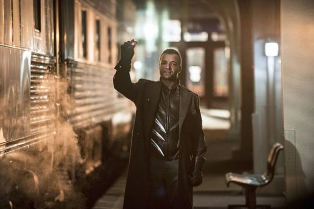 """Arrow -- """"The Brave and the Bold"""" Pictured: Nick E. Tarabay as Digger Harkness -- Photo: Cate Cameron/The CW -- © 2014 The CW Network, LLC. All Rights Reserved."""