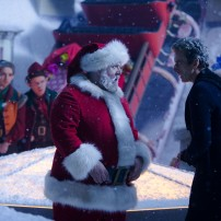 Programme Name: Doctor Who Christmas Special - TX: 25/12/2014 - Episode: Last Christmas, written by Steven Moffat (No. 1) - Picture Shows: Santa Claus (NICK FROST), Doctor Who (PETER CAPALDI) - (C) BBC - Photographer: Adrian Rogers