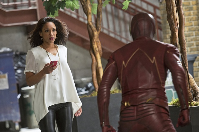 """The Flash -- """"Crazy for You"""" -- Image FLA112A_0177b -- Pictured (L-R): Candice Patton as Iris West and Grant Gustin as The Flash -- Photo: Katie Yu/The CW -- © 2015 The CW Network, LLC. All rights reserved."""