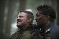 """Arrow -- """"The Return"""" -- Image AR314B_0076b -- Pictured (L-R): Stephen Amell as Oliver Queen and Manu Bennett as Slade Wilson -- Photo: Cate Cameron/The CW -- © 2015 The CW Network, LLC. All Rights Reserved."""