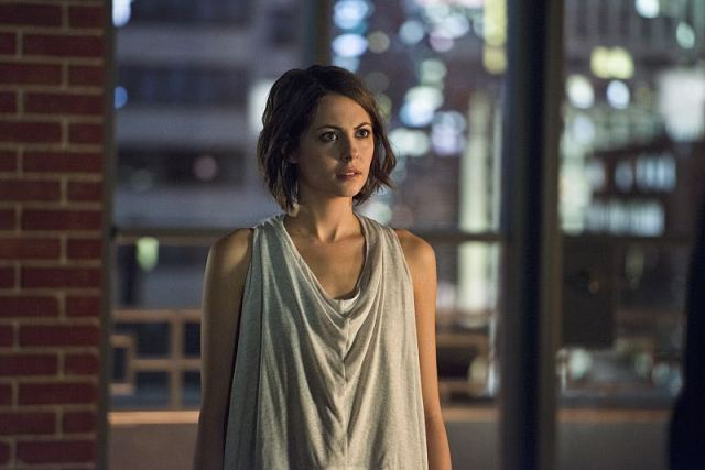 "Arrow -- ""Nanda Parbat"" -- Image AR315A_0252b -- Pictured: Willa Holland as Thea Queen -- Photo: Diyah Pera/The CW -- © 2015 The CW Network, LLC. All Rights Reserved."