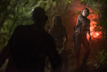 Danai Gurira as Michonne and Steven Yeun as Glenn Rhee - The Walking Dead _ Season 5, Episode 11 - Photo Credit: Gene Page/AMC