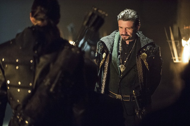 "Arrow -- ""Public Enemy"" -- Image AR318B_0022b -- Pictured: Matt Nable as Ra's al Ghul -- Photo: Cate Cameron/The CW -- © 2015 The CW Network, LLC. All Rights Reserved."