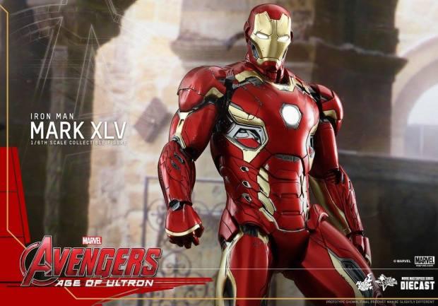 Avengers_Age of Ultron_Hot Toys_Iron Man Mark XLV (1)