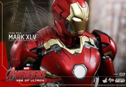 Avengers_Age of Ultron_Hot Toys_Iron Man Mark XLV (14)