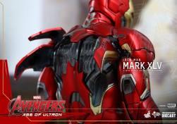 Avengers_Age of Ultron_Hot Toys_Iron Man Mark XLV (17)