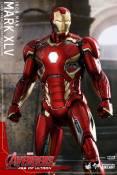 Avengers_Age of Ultron_Hot Toys_Iron Man Mark XLV (5)