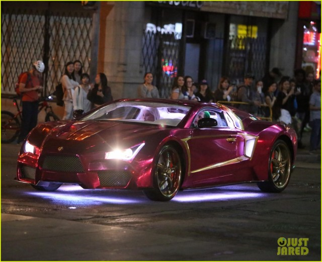 Suicide Squad_Set Photo_Joker's Lamborghini (2)