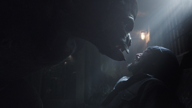 """The Flash -- """"Grodd Lives"""" -- Image FLA121SG_033.090.007 -- Pictured (L-R): Grodd and Jesse L. Martin as Detective Joe West -- Photo: The CW -- © 2015 The CW Network, LLC. All rights reserved."""