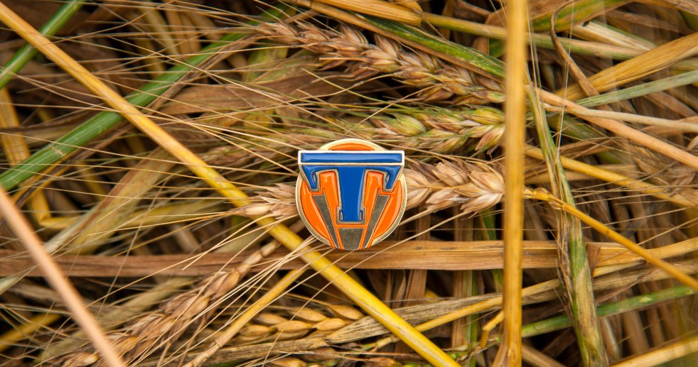 tomorrowland-image-pin