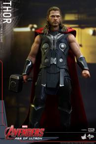 Hot Toys_Thor Collectible Figure (3)