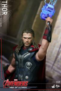 Hot Toys_Thor Collectible Figure (6)