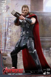 Hot Toys_Thor Collectible Figure (8)