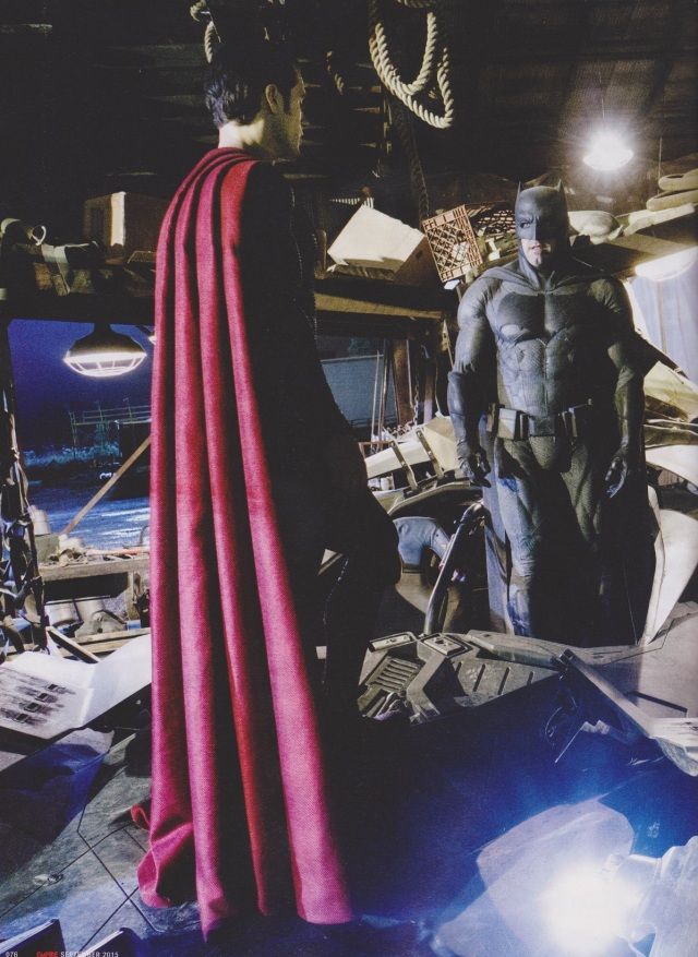 Batman v Superman_Dawn of Justice_Scanned Still (7)
