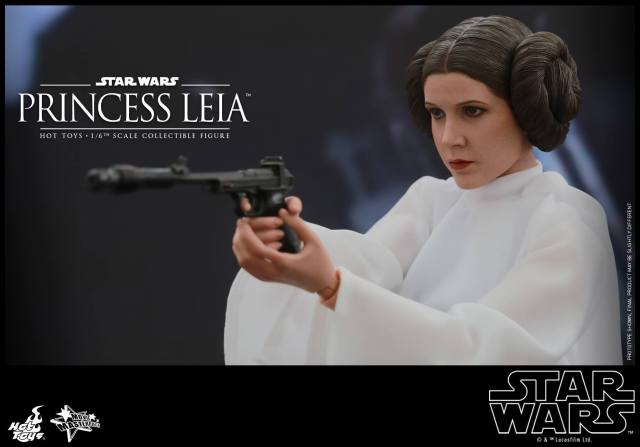 Hot Toys_Star Wars_Princess Leia Collectible Figure (3)