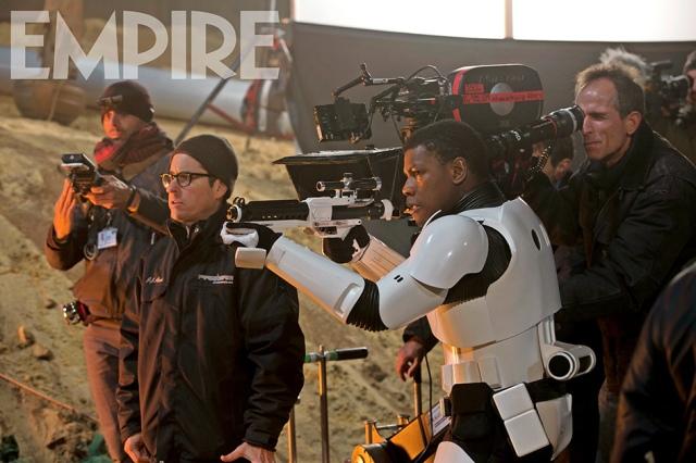 Star Wars_The Force Awakens_Empire_Still3