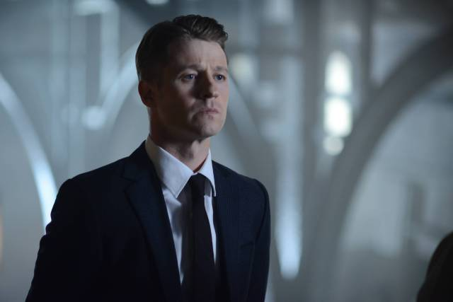 GOTHAM:  Gordon (Benjamin McKenzie)in the ÒRise of the Villains: Strike ForceÓ episode of GOTHAM airing Monday, Oct. 12 (8:00-9:00 PM ET/PT) on FOX. ©2015 Fox Broadcasting Co. Cr: FOX.