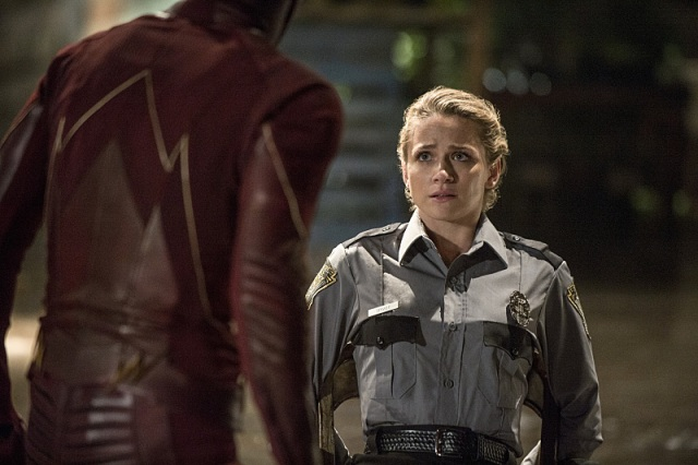 "The Flash -- ""Flash of Two Worlds"" -- Image FLA202A_0031b -- Pictured (L-R): Grant Gustin as the Flash and Shantel VanSanten as Patty Spivot -- Photo: Cate Cameron/The CW -- © 2015 The CW Network, LLC. All rights reserved."