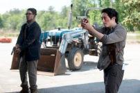 Corey Hawkins as Heath and Steven Yeun as Glenn Rhee - The Walking Dead _ Season 6, Episode 1 - Photo Credit: Gene Page/AMC