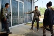 Michael Traynor as Nicholas, Steven Yeun as Glenn Rhee and Corey Hawkins as Heath - The Walking Dead _ Season 6, Episode 1 - Photo Credit: Gene Page/AMC