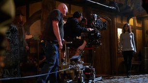 Doctor Who_S09E10_Face the Raven_Behind the Scenes (18)