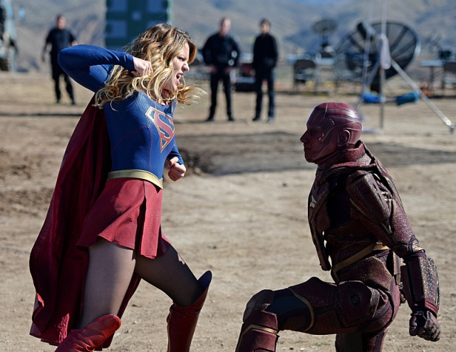 """""""Red Faced"""" -- Personal and professional stress get the better of Kara when she goes too far during a training exercise against Red Tornado, a military cyborg commissioned by Lucy Lane's father, General Sam Lane, on SUPERGIRL, Monday, Nov. 30 (8:00-9:00 PM, ET) on the CBS Television Network. Pictured left to right: Melissa Benoist and Iddo Goldberg as Red Tornado Photo: Darren Michaels/CBS ©2015 CBS Broadcasting, Inc. All Rights Reserved"""