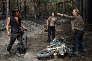 Norman Reedus as Daryl Dixon, Christine Evangelista as Honey and Austin Amelio as D - The Walking Dead _ Season 6, Episode 6 - Photo Credit: Gene Page/AMC