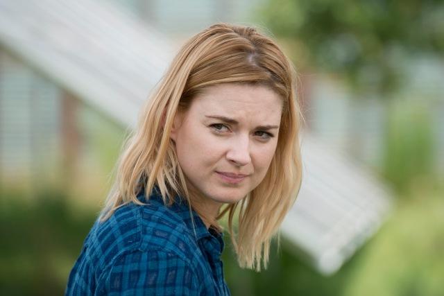Alexandra Breckenridge as Jessie - The Walking Dead _ Season 6, Episode 7 - Photo Credit: Gene Page/AMC