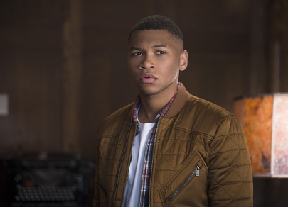 "DC's Legends of Tomorrow -- ""Pilot, Part 1""-- Image LGN101-20150922_0080b -- Pictured: Franz Drameh as Jefferson ""Jax"" Jackson -- Photo: Diyah Pera/The CW -- © 2015 The CW Network, LLC. All Rights Reserved."