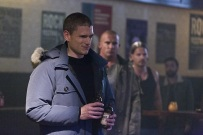 """DC's Legends of Tomorrow -- """"Pilot, Part 1"""" -- Image LGN101c_0265b -- Pictured: Wentworth Miller as Leonard Snart /Captain Cold -- Photo: Jeff Weddell/The CW -- © 2015 The CW Network, LLC. All Rights Reserved."""